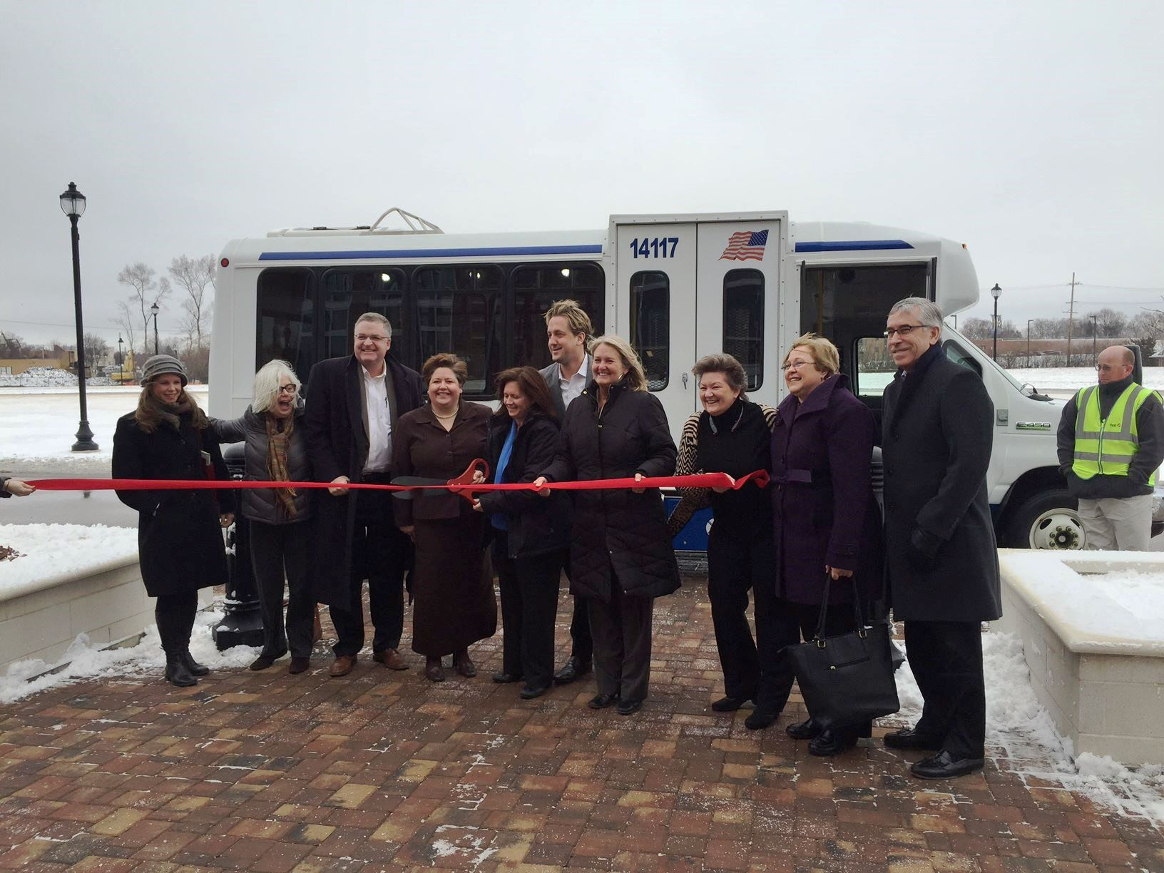 Ribbon cutting ceremony_March 1